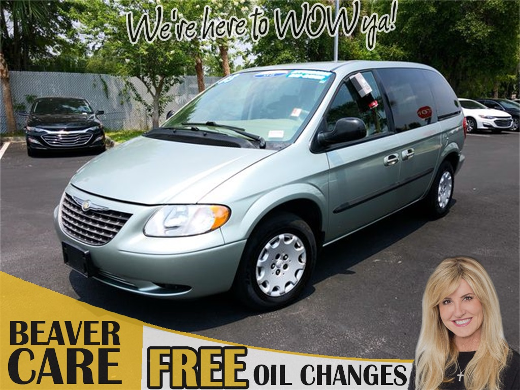 Pre-Owned 2003 Chrysler Voyager LX